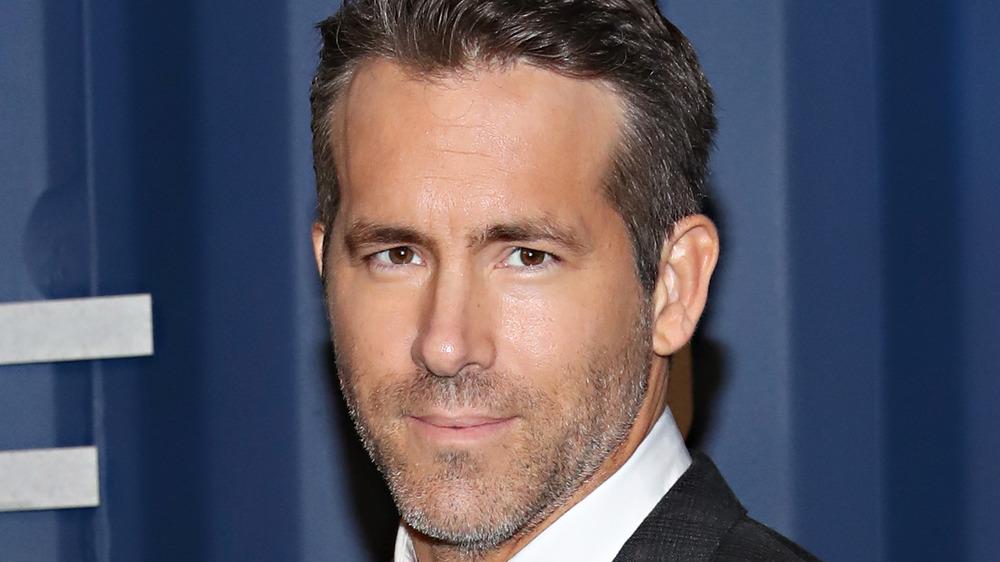 Ryan Reynolds has a Hollywood lookalike