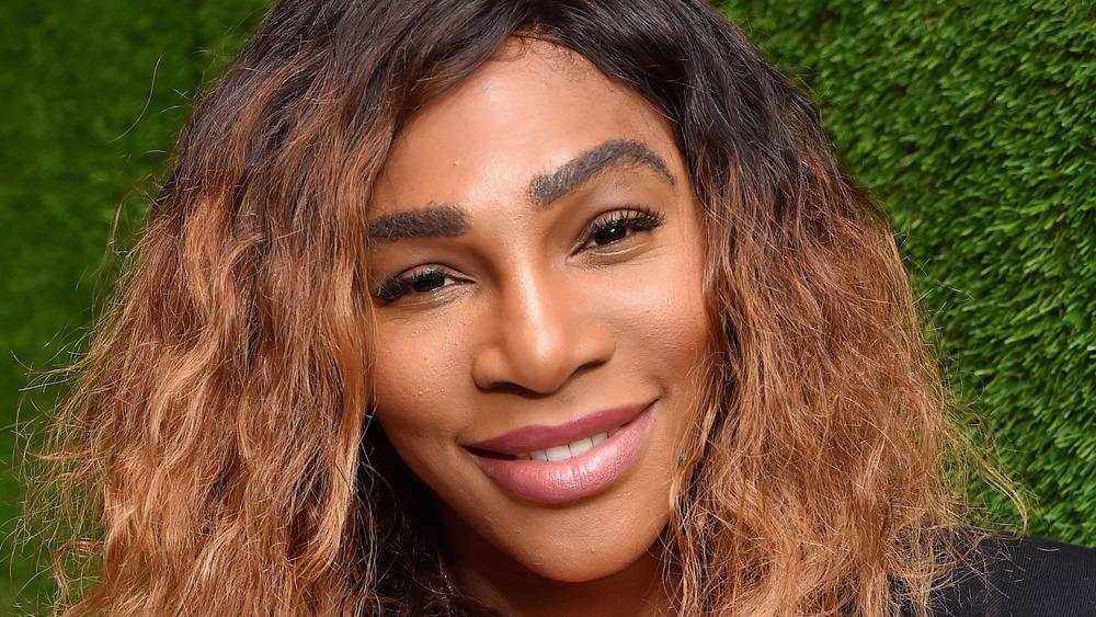 Serena Williams hair down