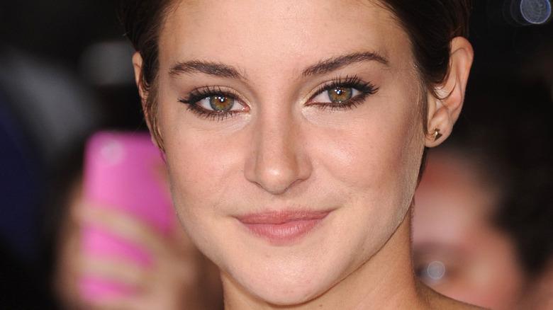 Shailene Woodley on red carpet