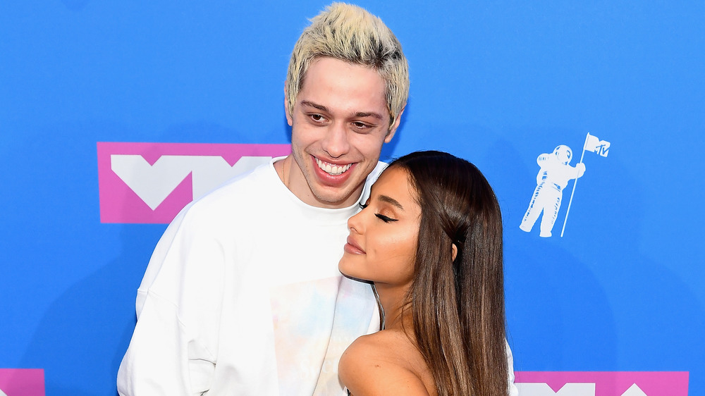 Pete Davidson and Ariana Grande on the red carpet at the VMAs