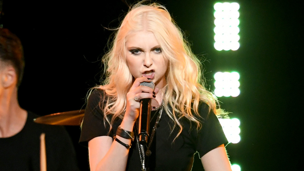 Taylor Momsen performing on stage