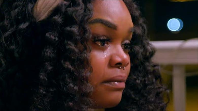 Kiaya Elliott crying on Teen Mom Young and Pregnant