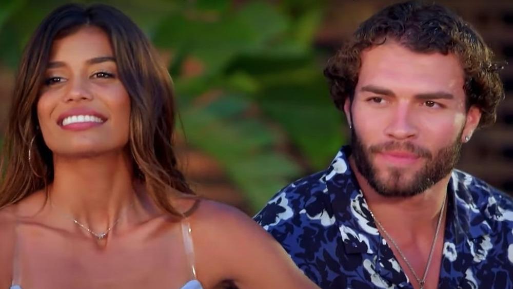 Kristen Ramos and Julian Allen film an interview for 'Temptation Island'