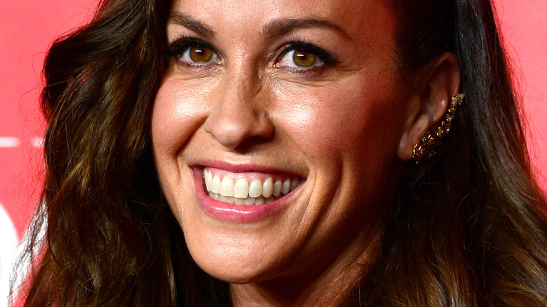 Alanis Morissette smiling
