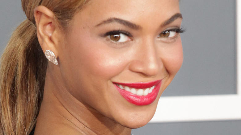 Beyoncé with wide smile