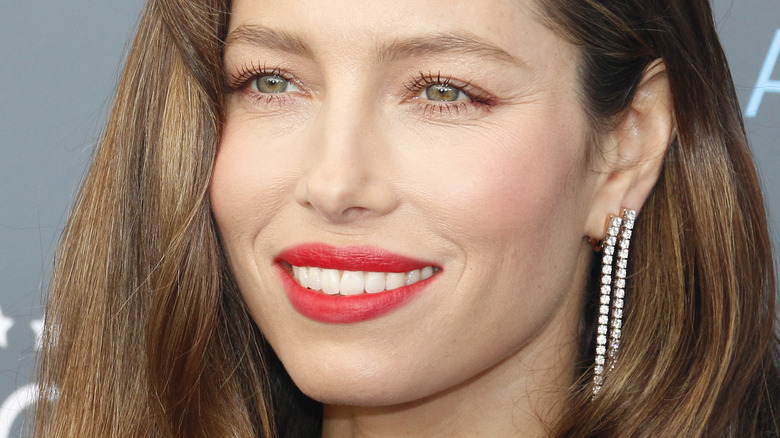 Jessica Biel smiling red lipstick
