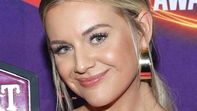 Kelsea Ballerini smiling at the CMT Awards 2021
