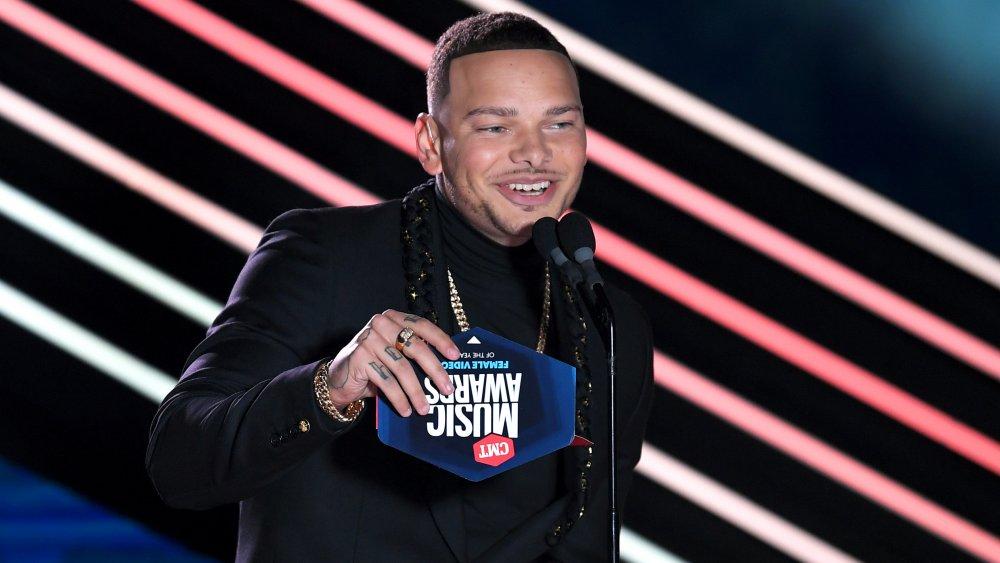 Kane Brown hosting the CMT Music Awards