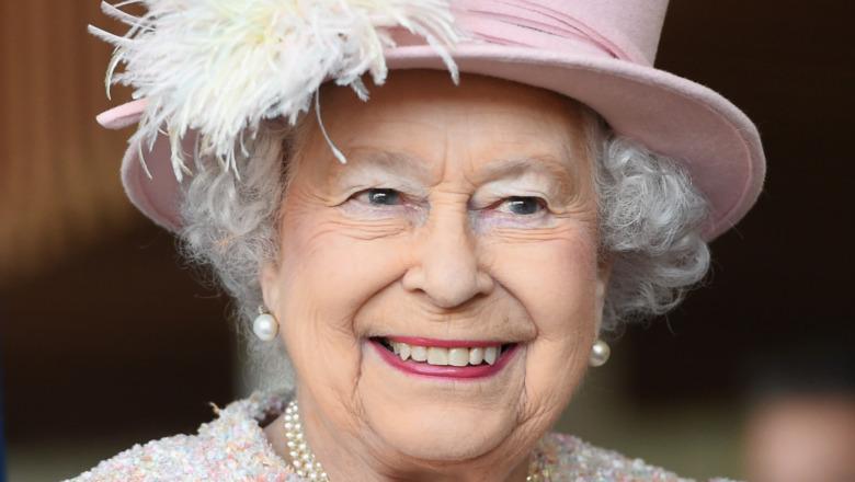Queen Elizabeth II poses