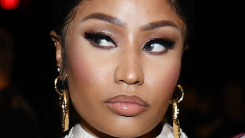 Nicki Mina giving side eye