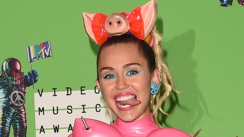 Miley Cyrus at the 2015 MTV VMAs