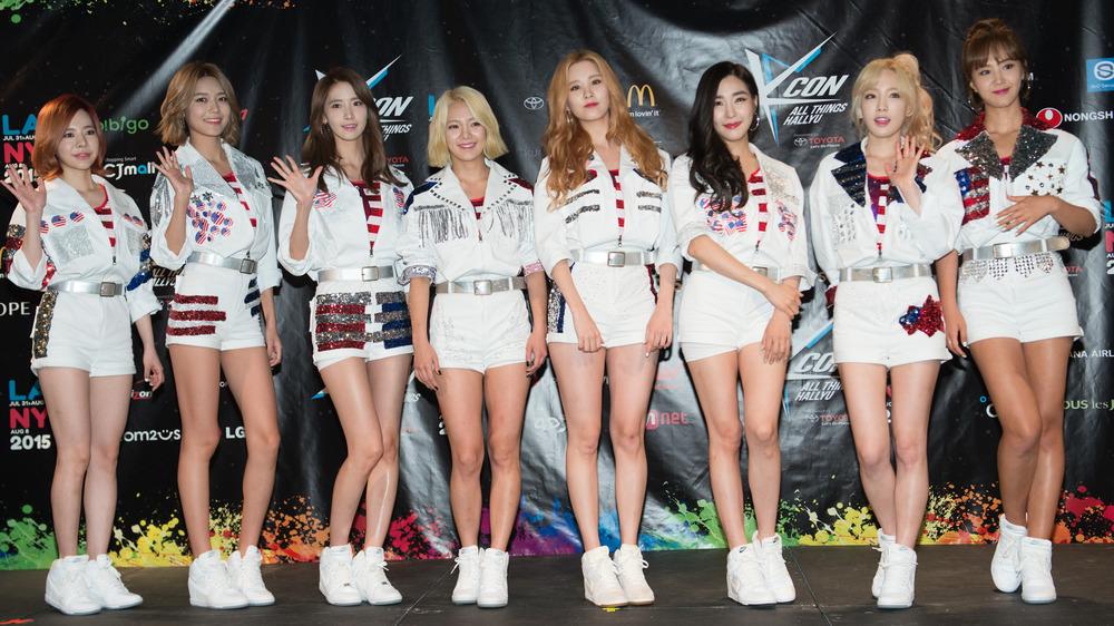 Girls' Generation at the 2015 K-Pop Festival