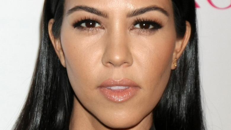 Kourtney Kardashian eyelashes