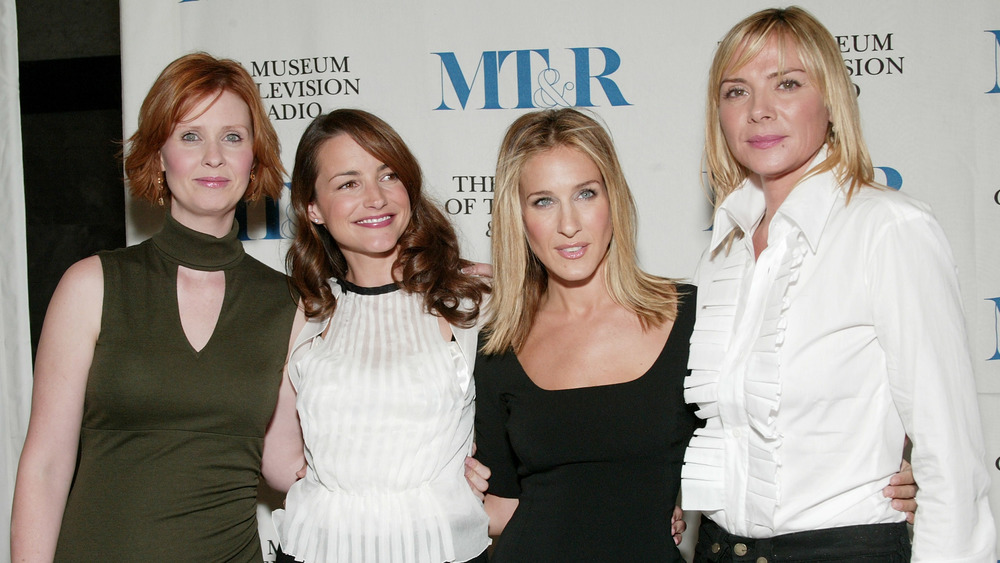 The cast of Sex and the City posing on the red carpet