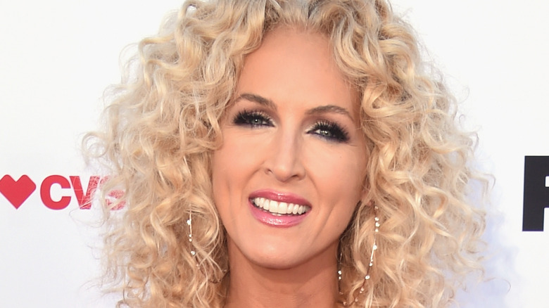 Kimberly Schlapman at the 2021 ACM Awards