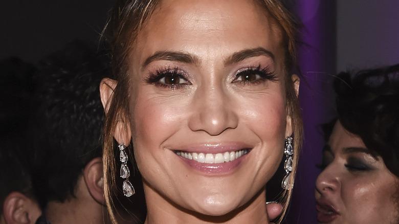 Jennifer Lopez earrings
