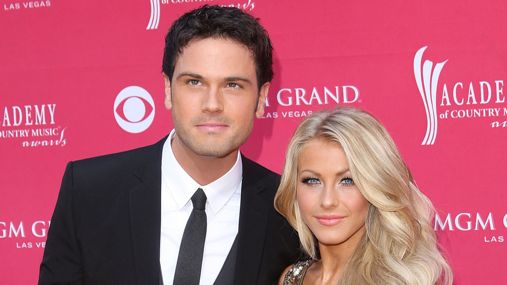 Julianne Hough and Chuck Wicks on red carpet