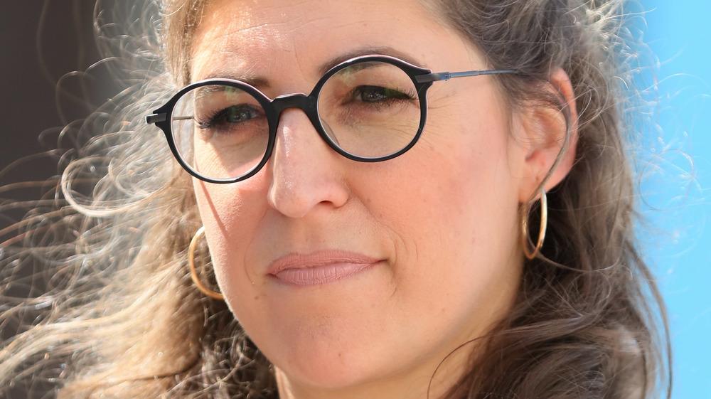 Mayim Bialik wearing glasses