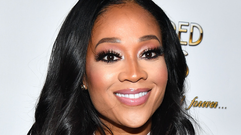 Mimi Faust smiling