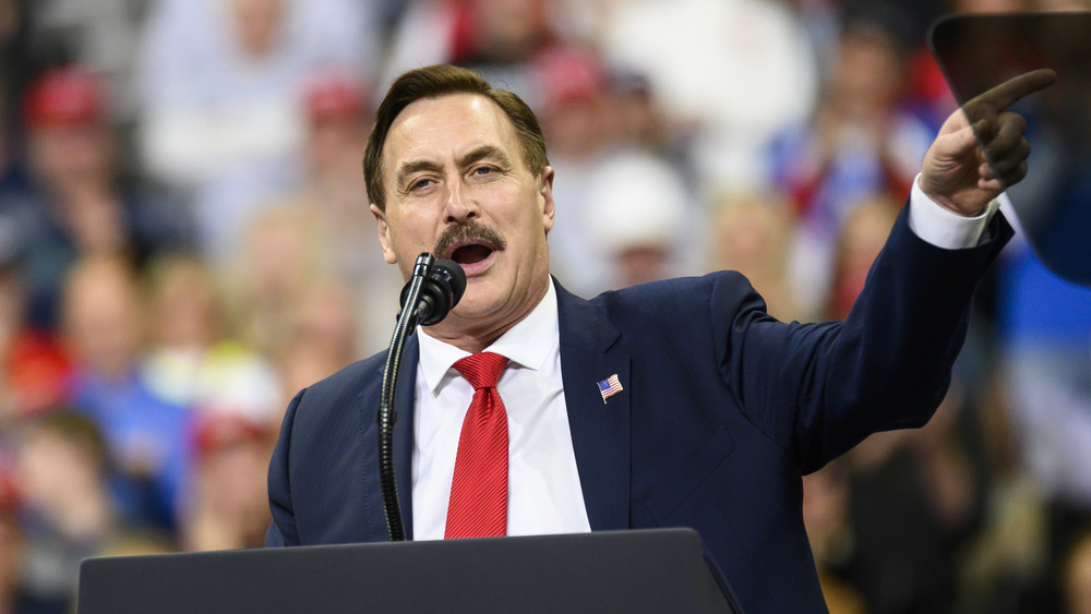 Mike Lindell at Donald Trump campaign rally in 2020