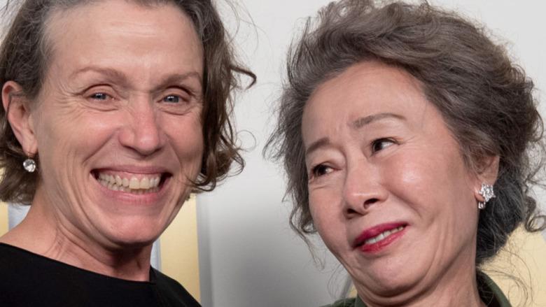 Oscar winners meet up backstage