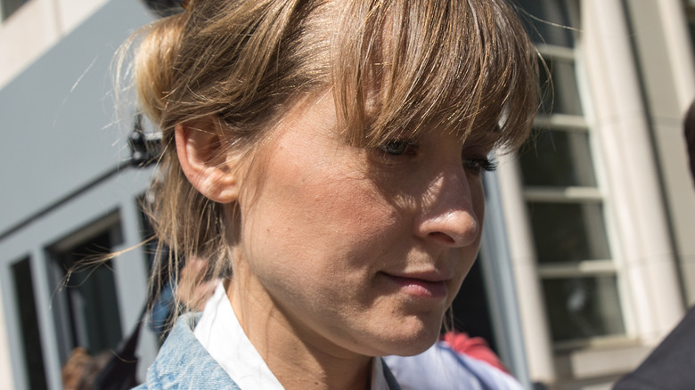 Allison Mack outside of a Brooklyn courthouse
