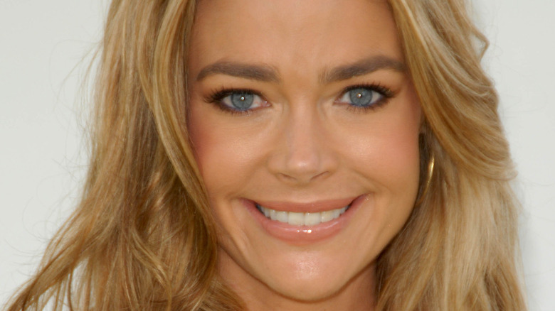 Denise Richards smiling