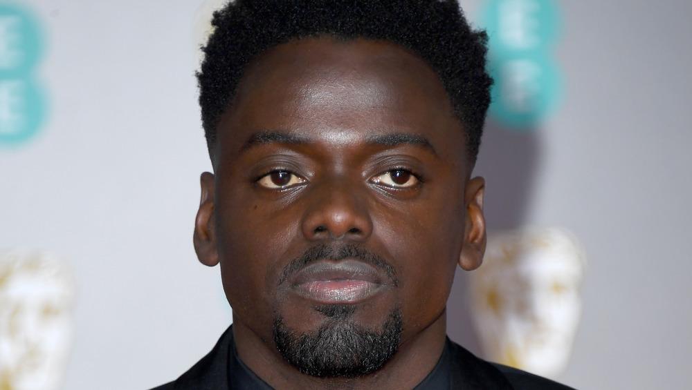 Daniel Kaluuya posing on the red carpet