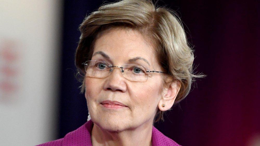 Sen. Elizabeth Warren (D-MA) delivers a campaign speech at East Los Angeles College