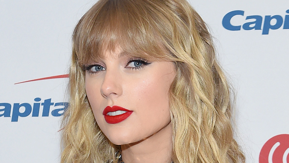 Taylor Swift gazing forward