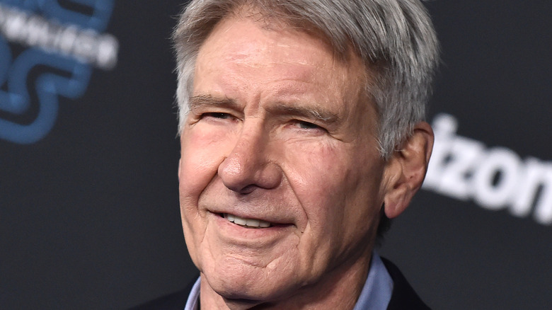 Harrison Ford posing on the red carpet