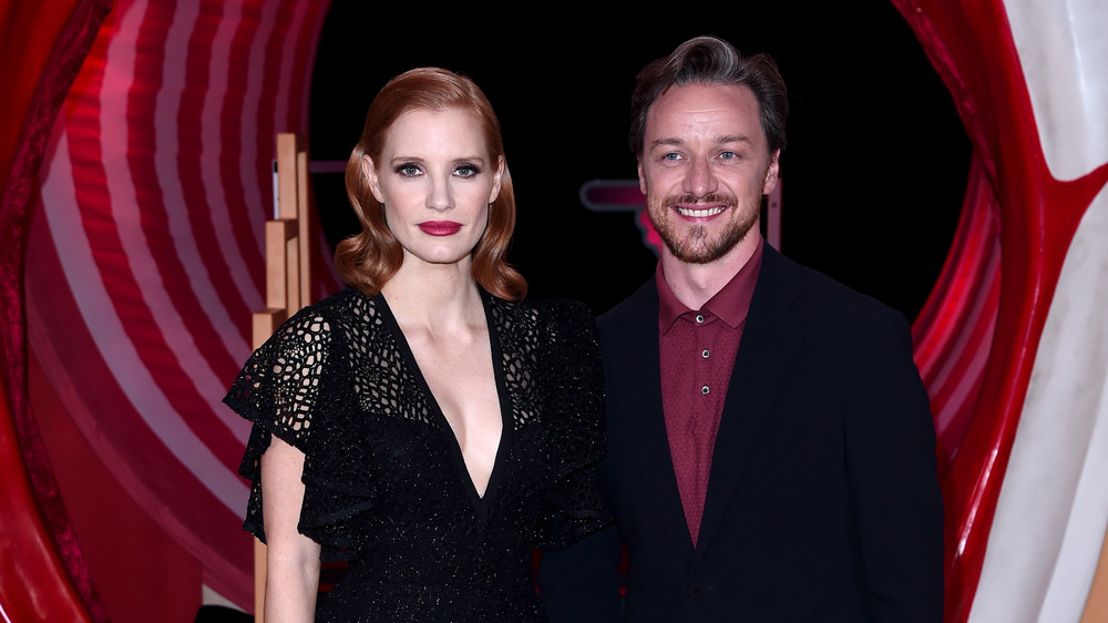 Jessica Chastain and James McAvoy posing together