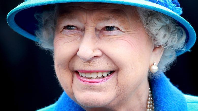 Queen Elizabeth at Tweedbank Station