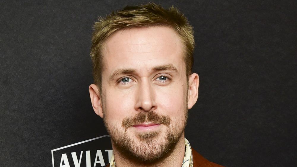 Ryan Gosling poses