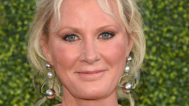 Sandra Lee with slight smile at event