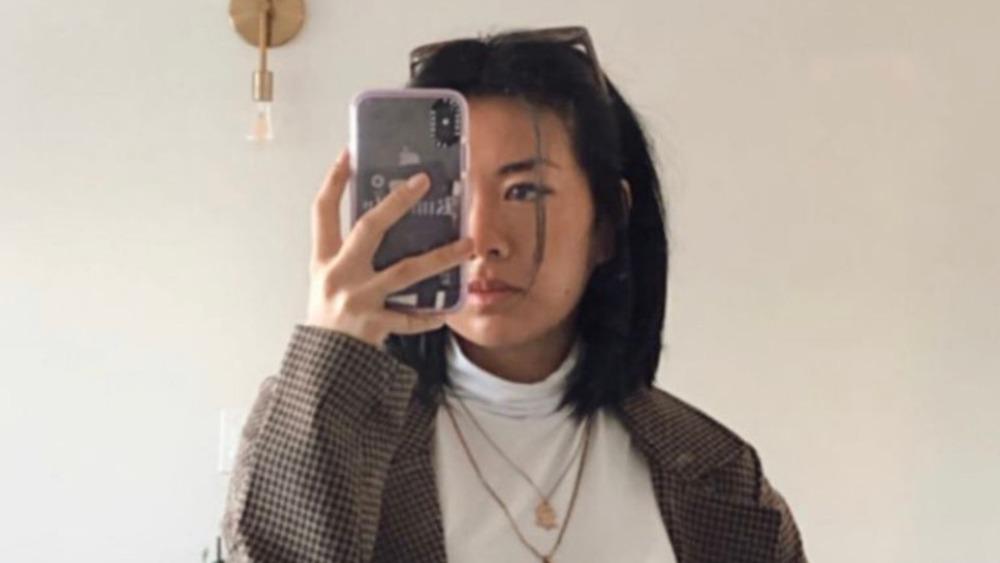 Kim Li taking a selfie