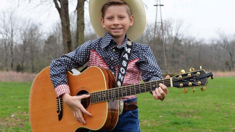 Walmart yodeling kid, Mason Ramsey