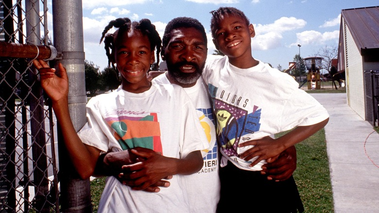 Richard Williams with Venus and Serena in 1991