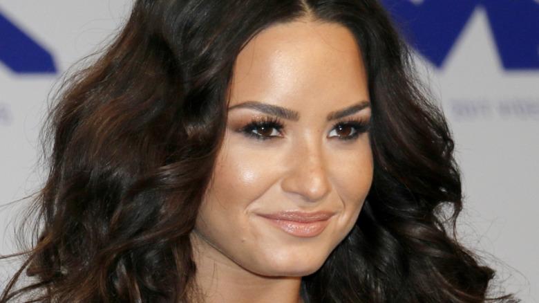 Demi Lovato at an award show