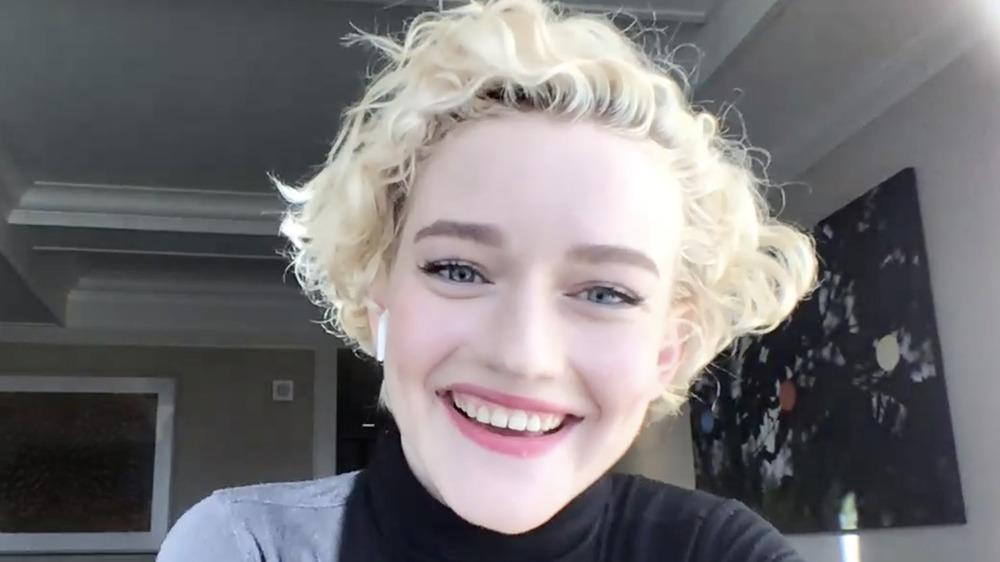 Julia Garner smiling on telecall