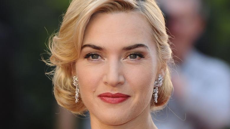 Kate Winslet in shiny earrings