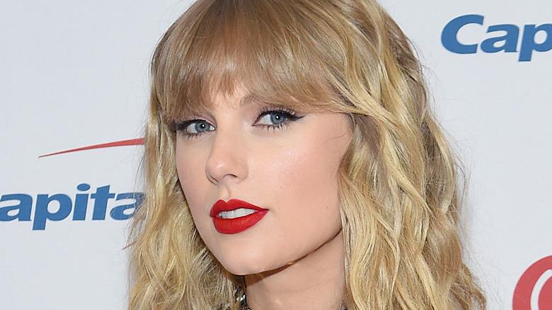 Taylor Swift looking at camera