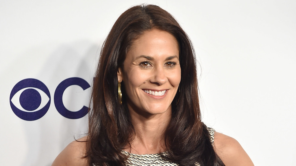 ESPN's Tracy Wolfson smiling on the red carpet