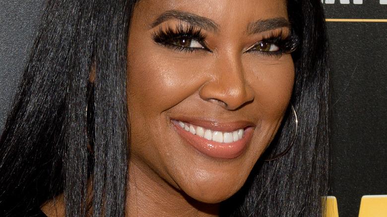 Kenya Moore smiling