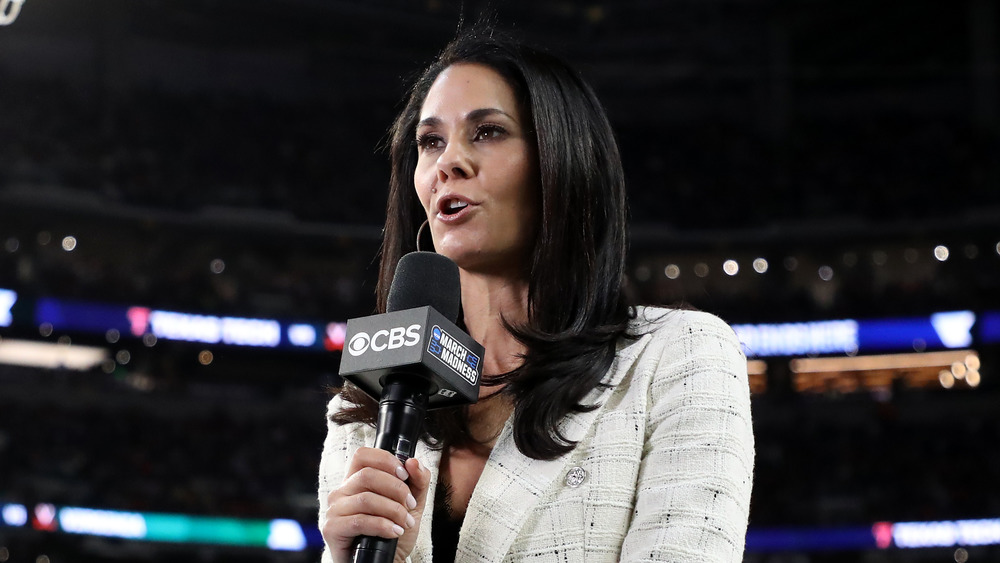 Tracy Wolfson reporting at a basketball game