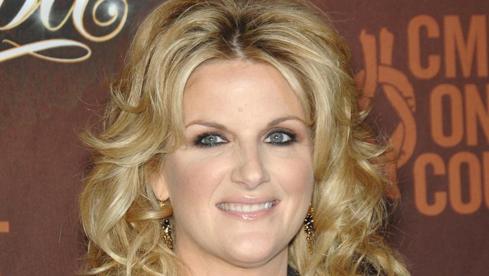 Trisha Yearwood wearing makeup