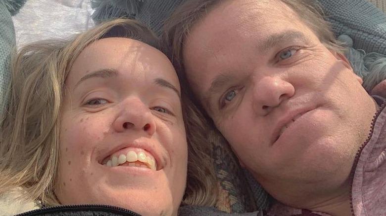Amber and Trent Johnston posing for selfie