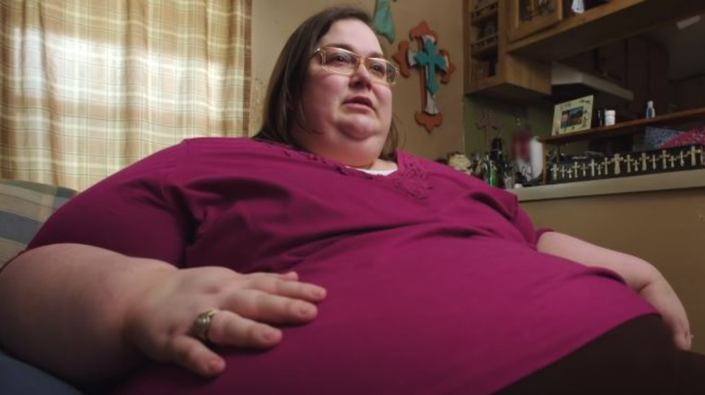 Carrie from My 600-lb. Life speaking for the camera