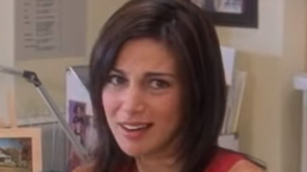 Jeannie aka Annie Parisse, How to Lose a Guy in 10 Days trailer