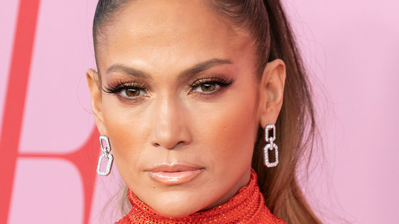 JLo in a high pony